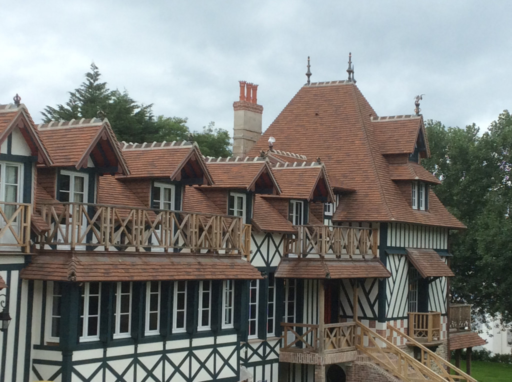 Prix Technique Cette grande maison normande à Trouville-sur-Mer, restaurée par l'entreprise ENC-CGB, a reçu le prix Technique.