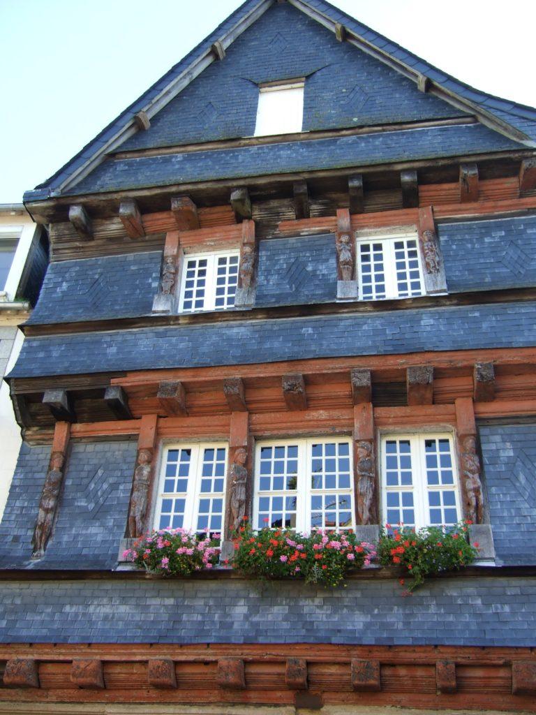 facade-maison-du-senechal-carhaix